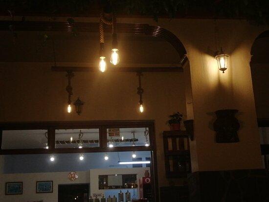 Traditional taverna.. Paradeisos...