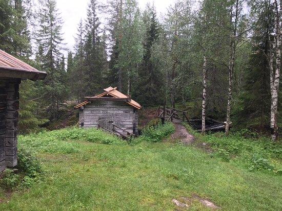 Hyrynsalmi, Finska: Komulanköngäs