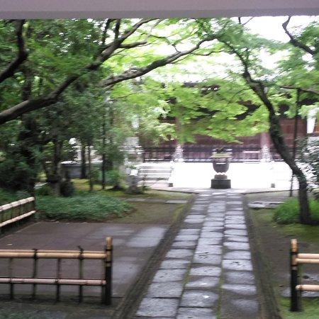 真言宗のお寺 Local temple