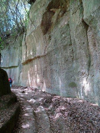 la via Cava di San Giuseppe