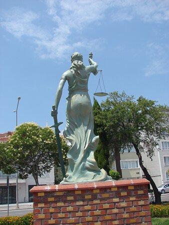 Adalet Meydanı 17