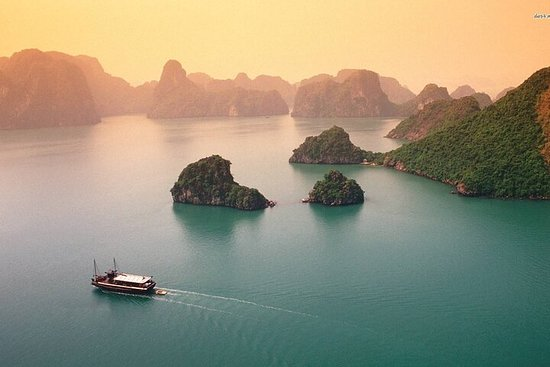 2-day Halong bay private boat trip and Bac Ninh with historical sites
