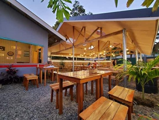 nice ambiance, good  food and very affordable.