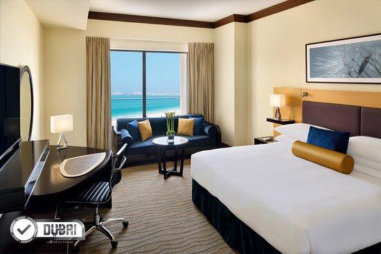 Foto de Movenpick Hotel Jumeirah Beach, Dubái: Restaurant - Tripadvisor