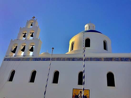 The most famous church in Oia