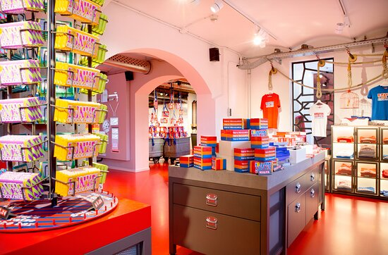 Tony's Chocolonely Super Store