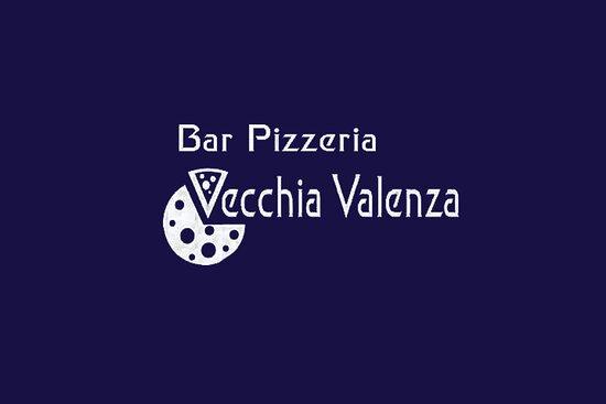 Foto de Bar Pizzeria Vecchia Valenza, Cerdeña: Spazio all'aperto  - Tripadvisor