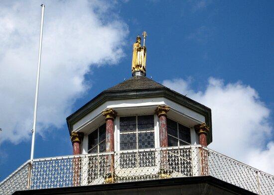 Auf dem Kapellen-Dach....