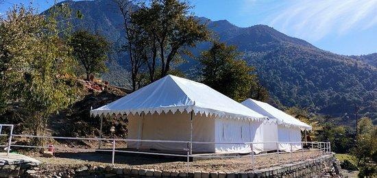Swiss Camps, close to luxury segment