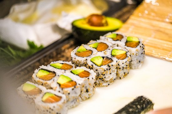 Easy Sushi - Restaurant japonais - sushi - - Ollioules- Toulon - Sud - cuisine japonaise  - オリウル、Easy Sushi Ollioulesの写真 - トリップアドバイザー