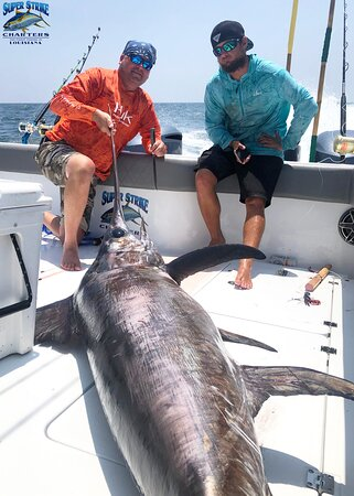 Here's another awesome swordfish picture taken by the Brown crew while on the second day of their fishing trip (July 11th) with Captain William Bradford!  If you would like to book your next fishing trip, give us a call at (985) 640-0772 or visit our website www.superstrikecharters.com