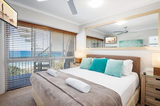 3 Bedroom Oceanfront Rooftop