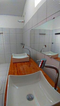 Chalé 06 - banheiro