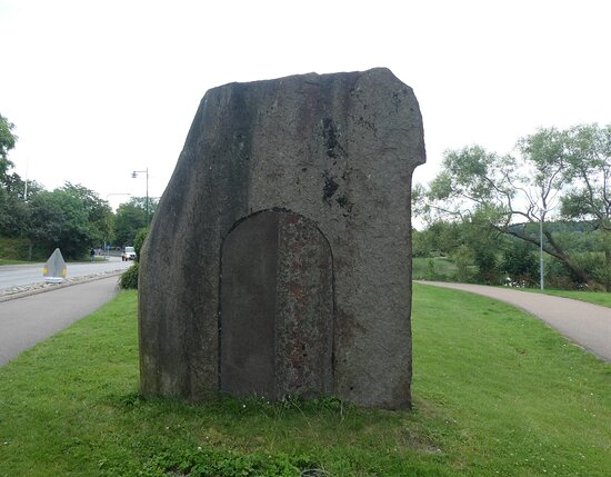 Statyn ''ymer''