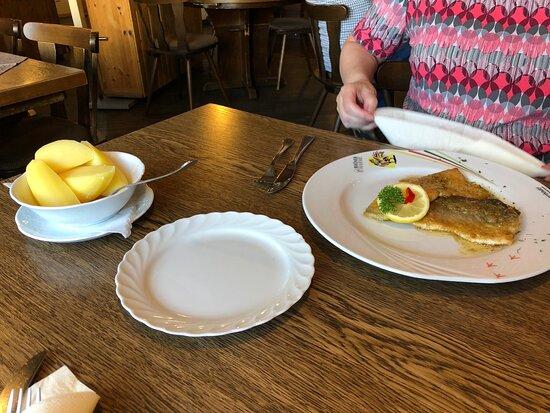 Künzell, Tyskland: Heerlijke eenvoudige maaltijd