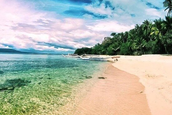 Island Hopping and Snorkeling in Puerto Galera
