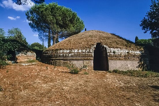 Tuscania, Etruscans and Rome Lakes