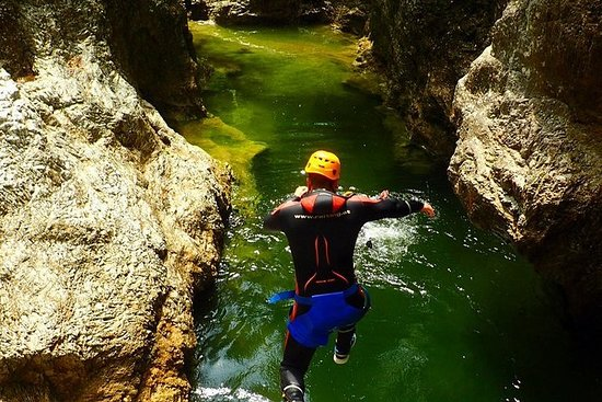 Canyoning in the Strubklamm with a state-certified guide