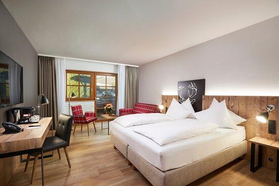 Komfortable Zimmer im HYPERION Hotel Garmisch-Partenkirchen