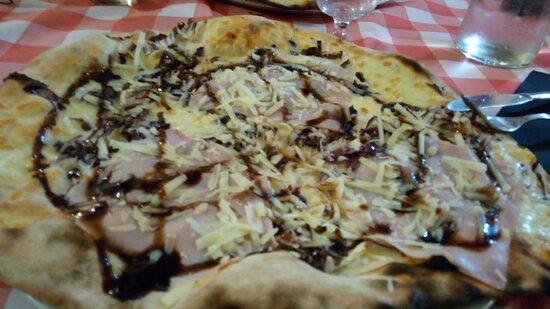 Labro, Ιταλία: La Sosta - pizza Sofisticata
