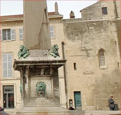 Obelisque d'Arles