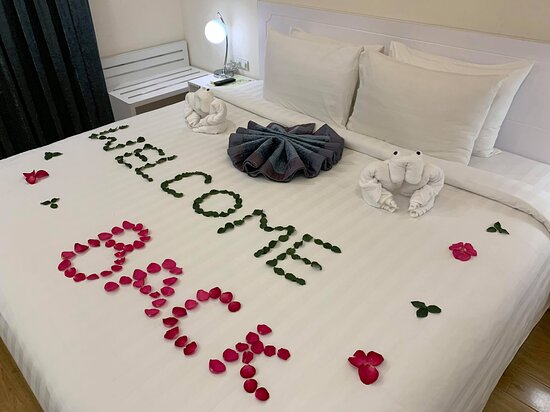 We thank Travelmyth, our beloved guests, staff, partners, friends and family! - Picture of Hotel la Perle - Hue - Tripadvisor