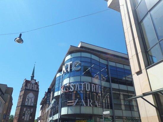 Kröpeliner Tor Center - nákupné centrum