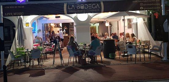 La Bodega Duquesa Restaurant On Tapas, La Bodega Furniture