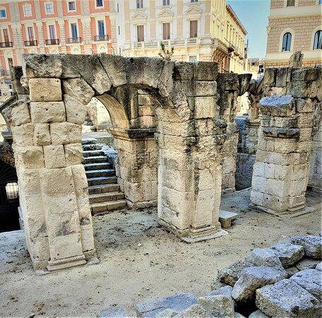 Anfiteatro Romano - Picture No. 6 - By israroz - (June 2019)