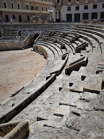 Anfiteatro Romano - Picture No. 9 - By israroz - (June 2019)
