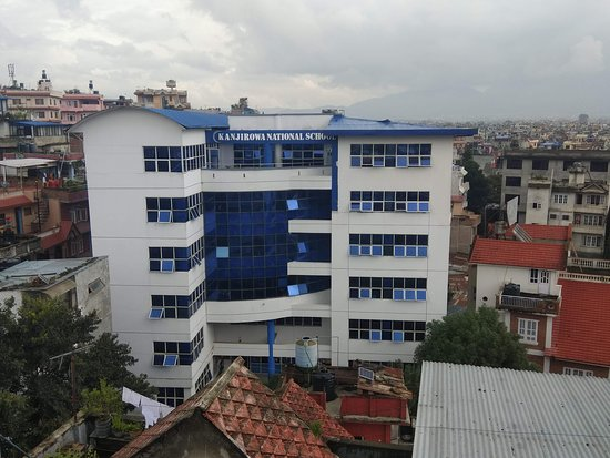 Koteshwar, อินเดีย: This Hostel is situated in front of CCRC College and Kanjirowa College and 1 min walking distance from Chakrapath (Ring Road).So you can easily reach to this hostel