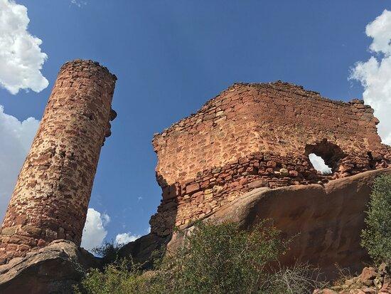 Castillos De Los Ares