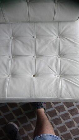abgewohnter Sessel
