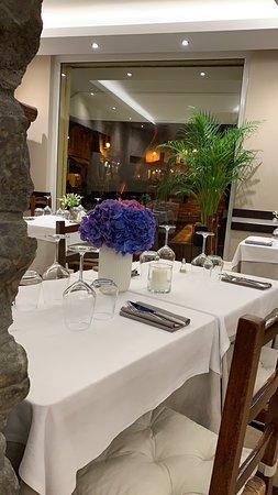 Lorè Restaurant
