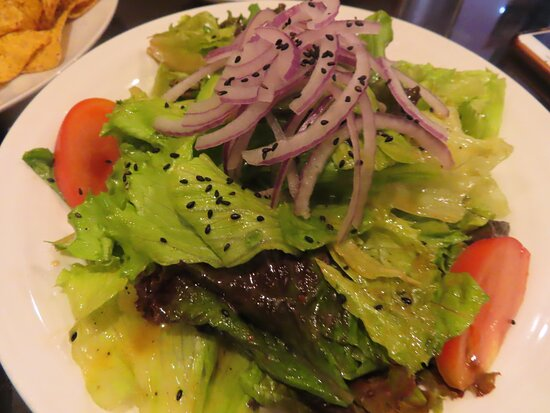 Okinawa Prefecture, اليابان: The salad is fresh and the dressing is delicious.