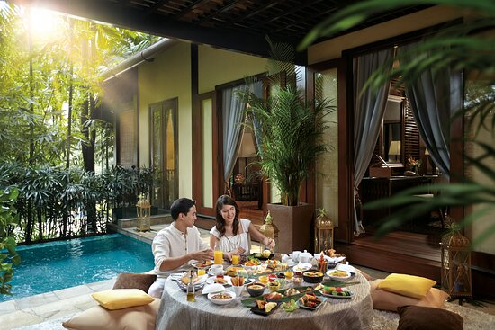 Sunway Resort Hotel & Spa - Private Dining In The Villas