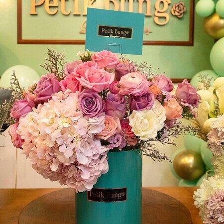 Petik Bunga Langkawi-Luxury Flowers and Wedding & Event Planner