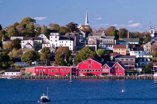 Half-Day Small-Group Tour of Nova Scotia's South Shore