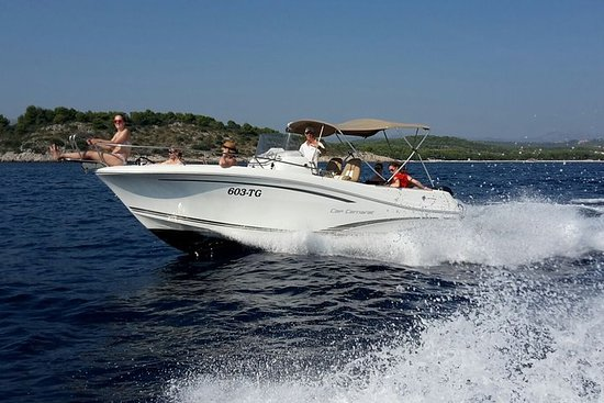 Speedboat Blue Lagoon and Trogir tour...