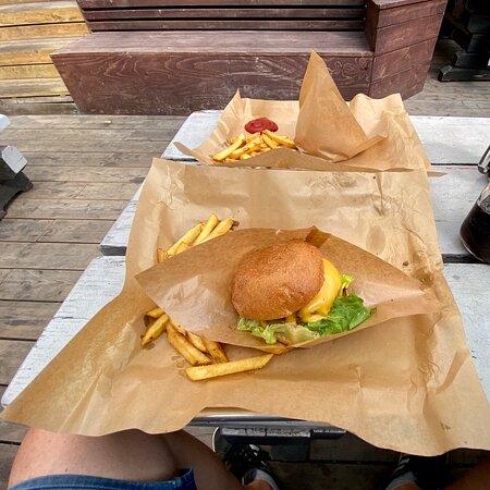 Lapin paras burgeri?