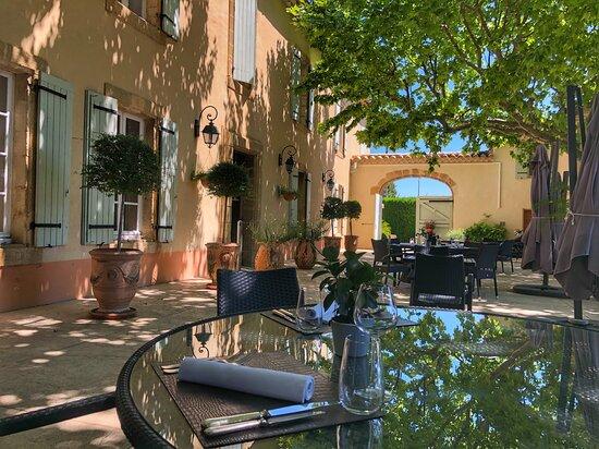 Repas dans un Mas Provençal, Le Pré du Moulin - Maison Alonso