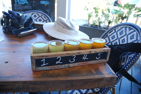 The tasting paddle