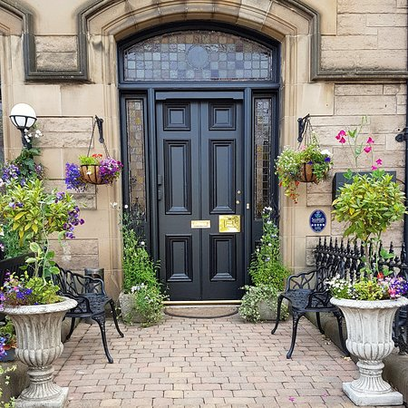 Our Entrance - BOOK DIRECTLY on our website: www .baronyhouse.co.uk Easier, Cheaper, Better!