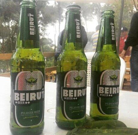 Tannourine, Liban : Beirut Beer, it is sour local beer