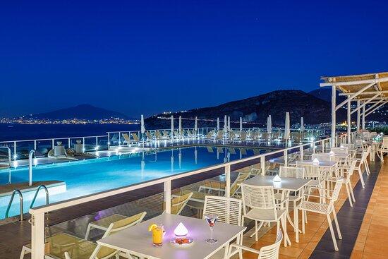 Art Hotel Gran Paradiso, hôtels à Sorrente