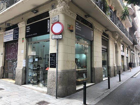 Jesmonite Store Barcelona