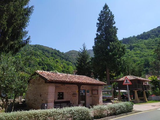 Oficina de turismo de Belmonte de Miranda