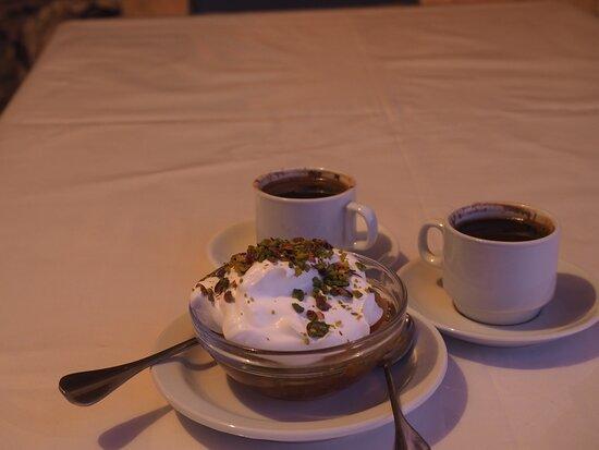 Umm Qais, Yordania: Вечерний кофе