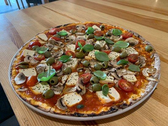 Vege pizza z tofu i warzywami 💚 Pizza Bianca 👌 Fettucini z krewetkami 😋