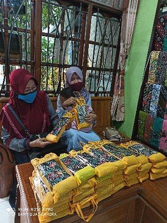 Batik Tulis Bakaran Bu Sri P.Sarni